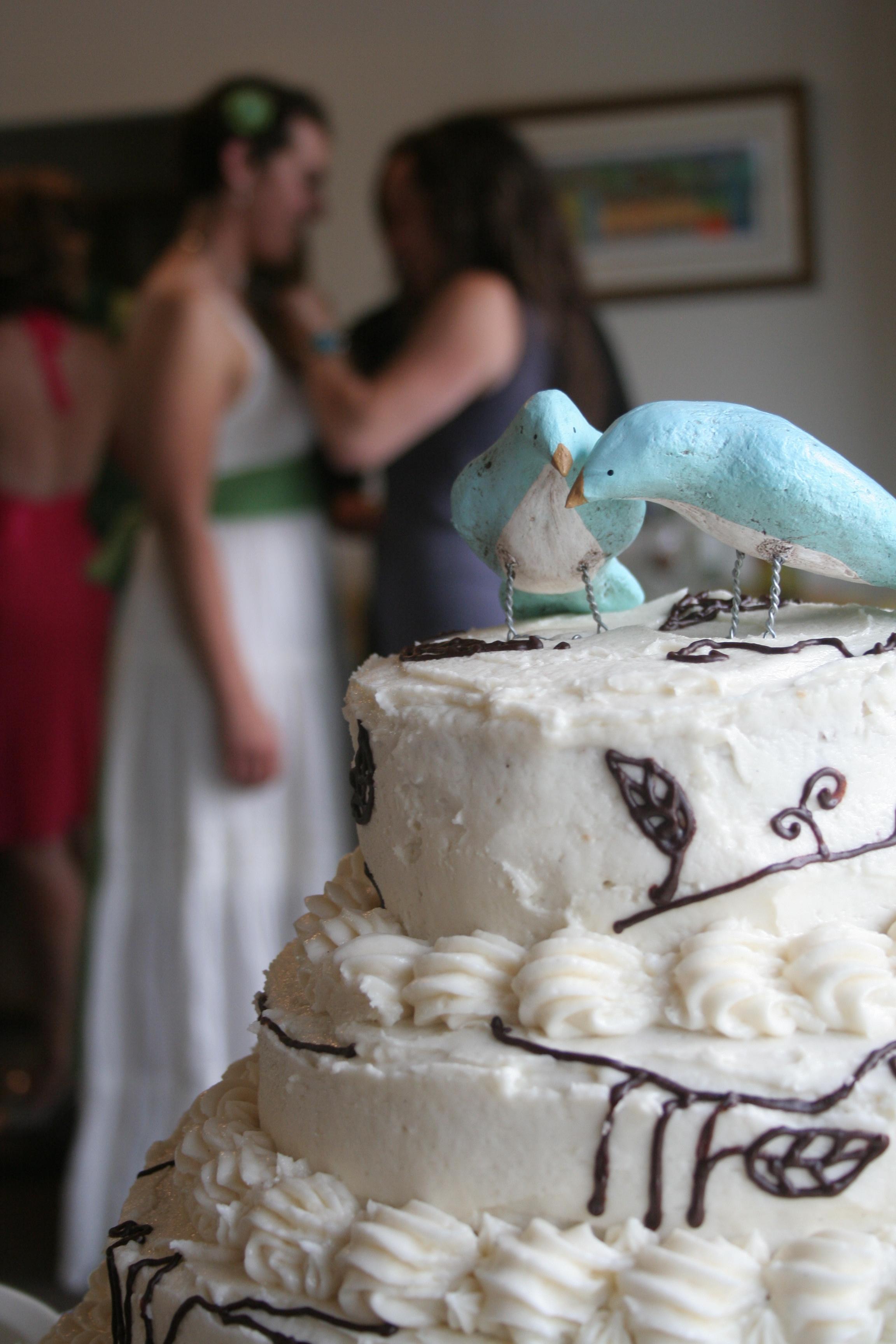 Almond Vanilla Wedding Cake