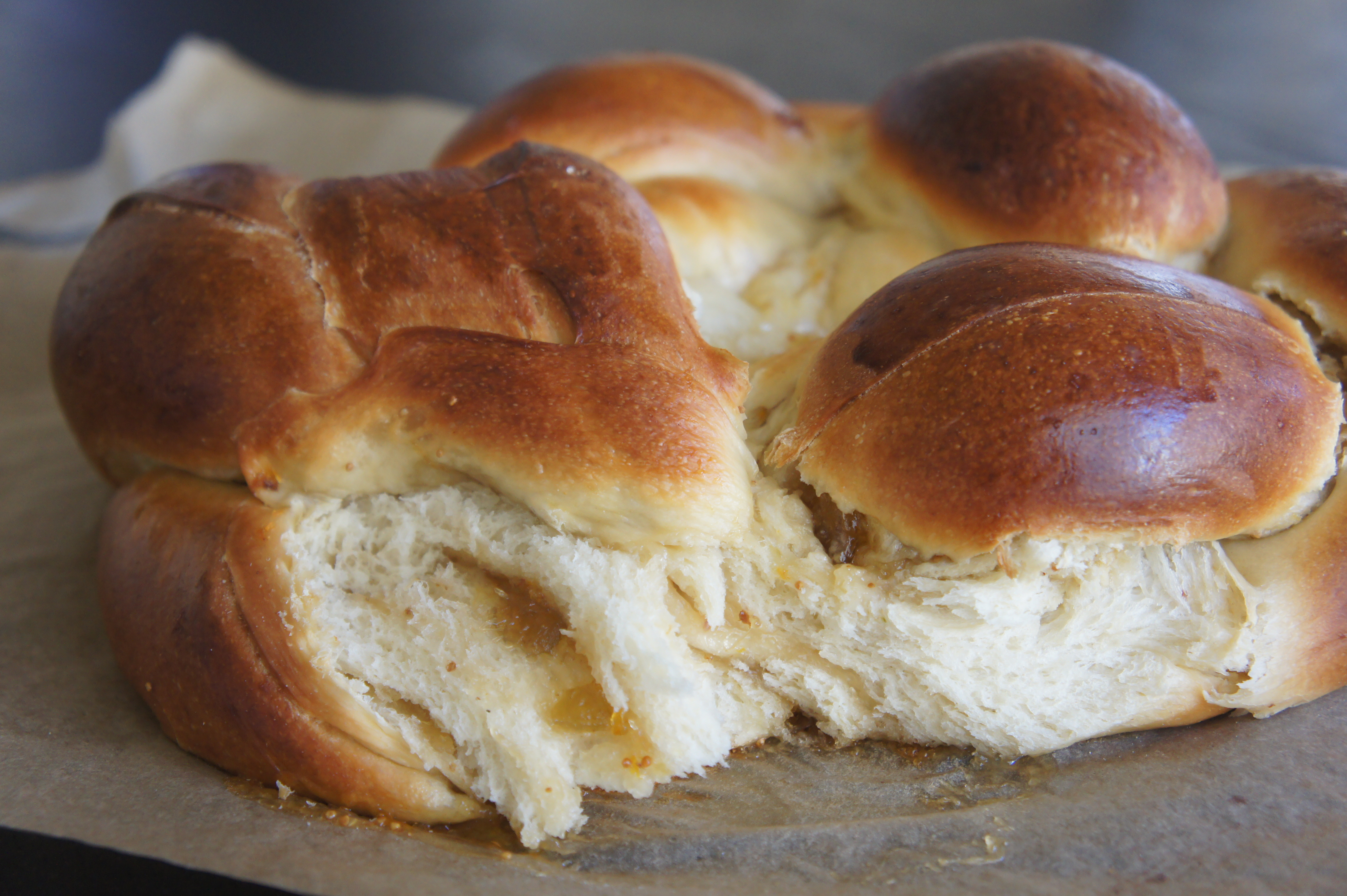Fig, Olive Oil, and Sea Salt Challah | Cookies and Candids